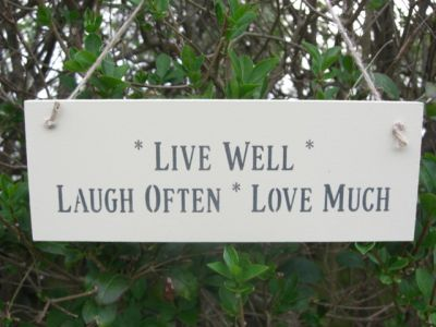 Live Well Wooden Inspirational signs - Large Image