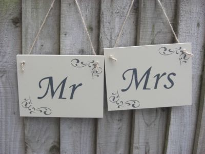 Mr and Mrs signs Wooden Personalised and Bespoke orders - Large Image
